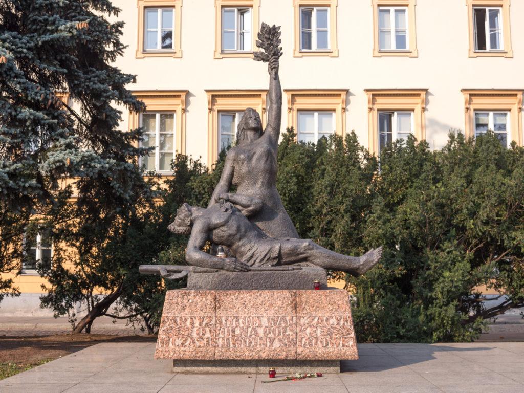Das Denkmal des Partisanen