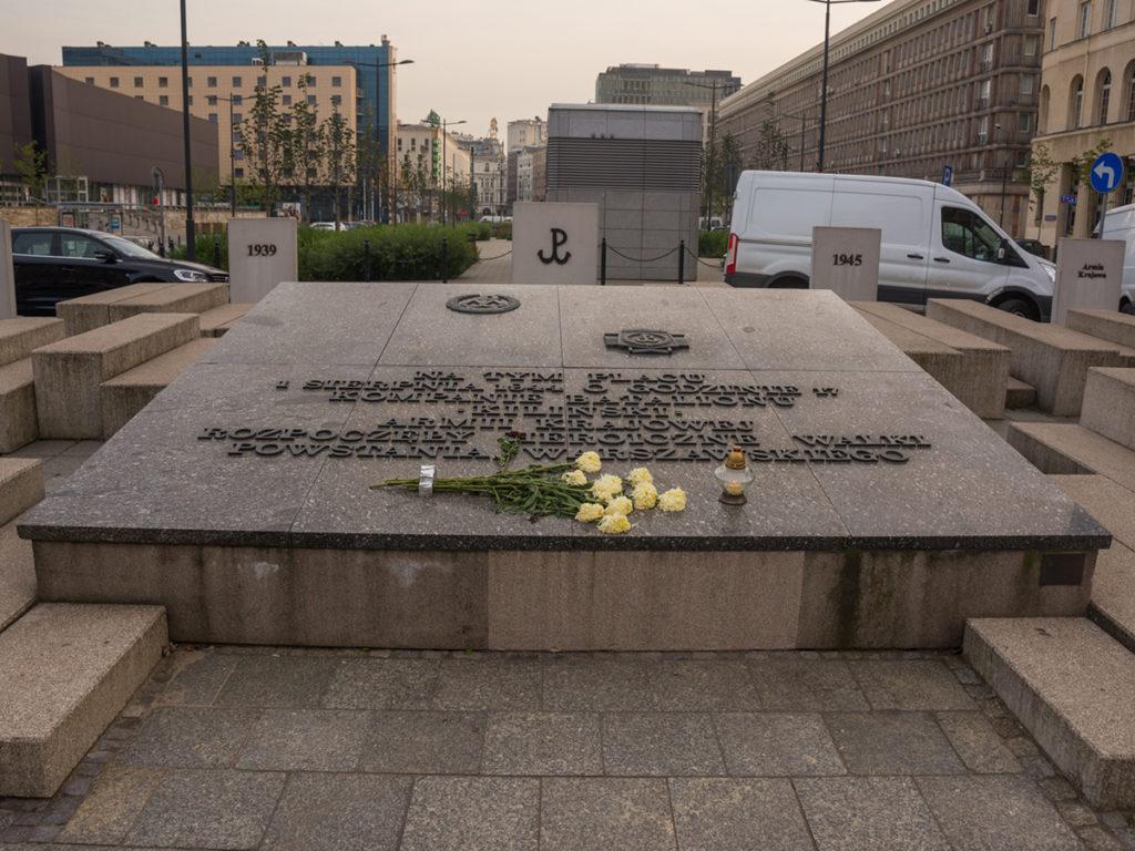 Das Denkmal der Warschauer Aufständischen